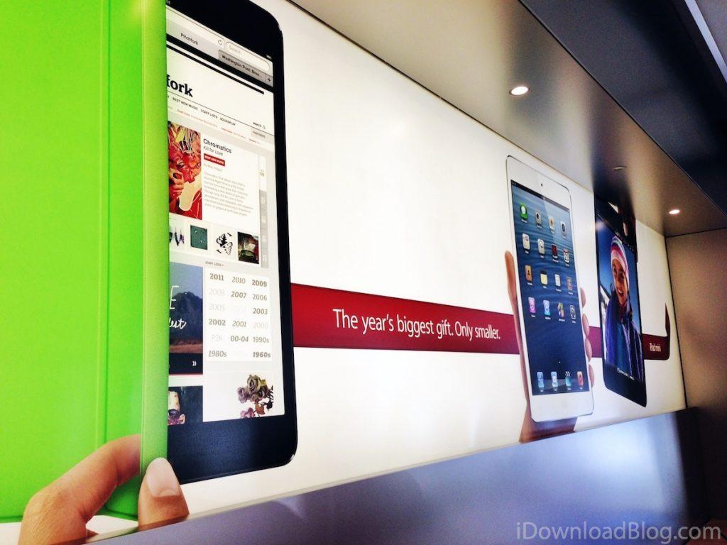 data_rumor_Apple_store_holiday_2012_banner_iPad_mini
