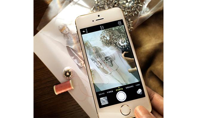 data_news_13.09.12_Burberry_iPhone_5s
