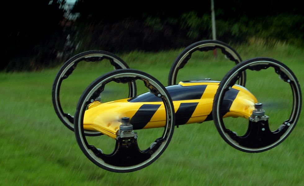 B-RC-Quadrocopter-and-car