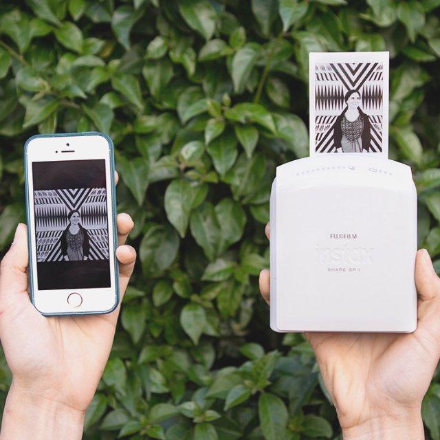 Instax_share_sp1_smartphone_printer_fujifilm2