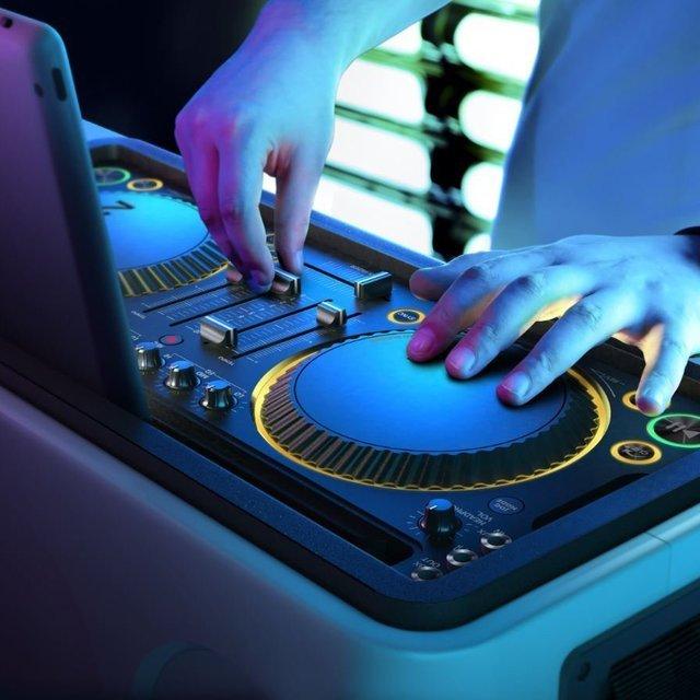 37-M1X-DJ-Sound-System-Docking-Station3