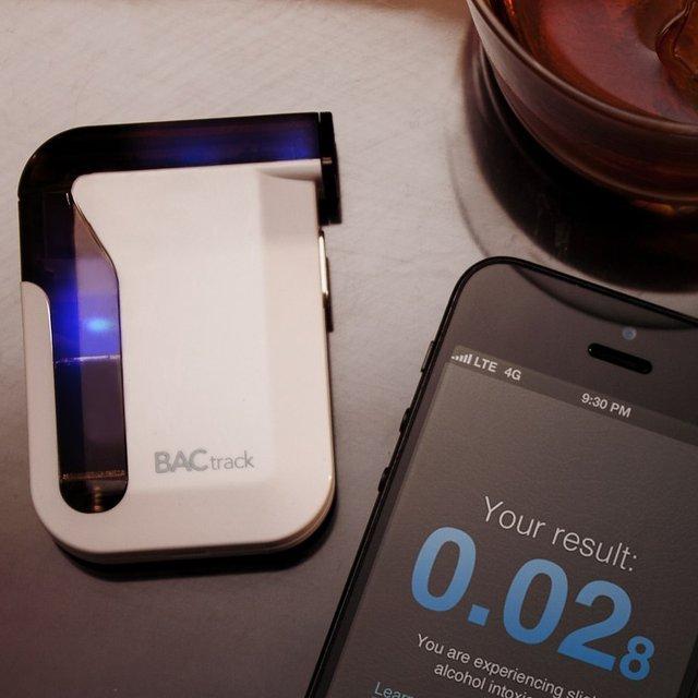 bactrack_mobile_breathalyzer3