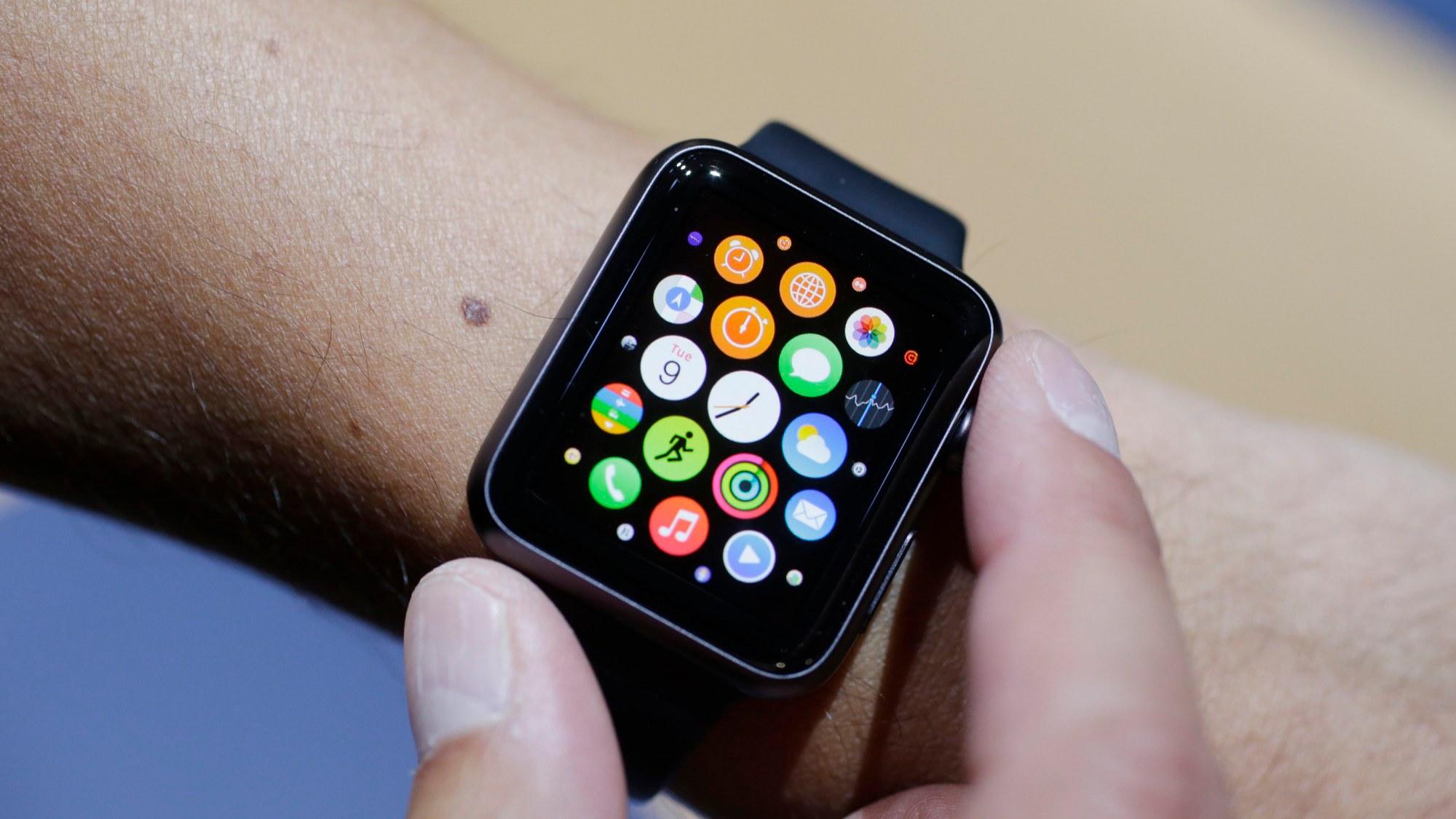 data_news_apple_watch_hands_on