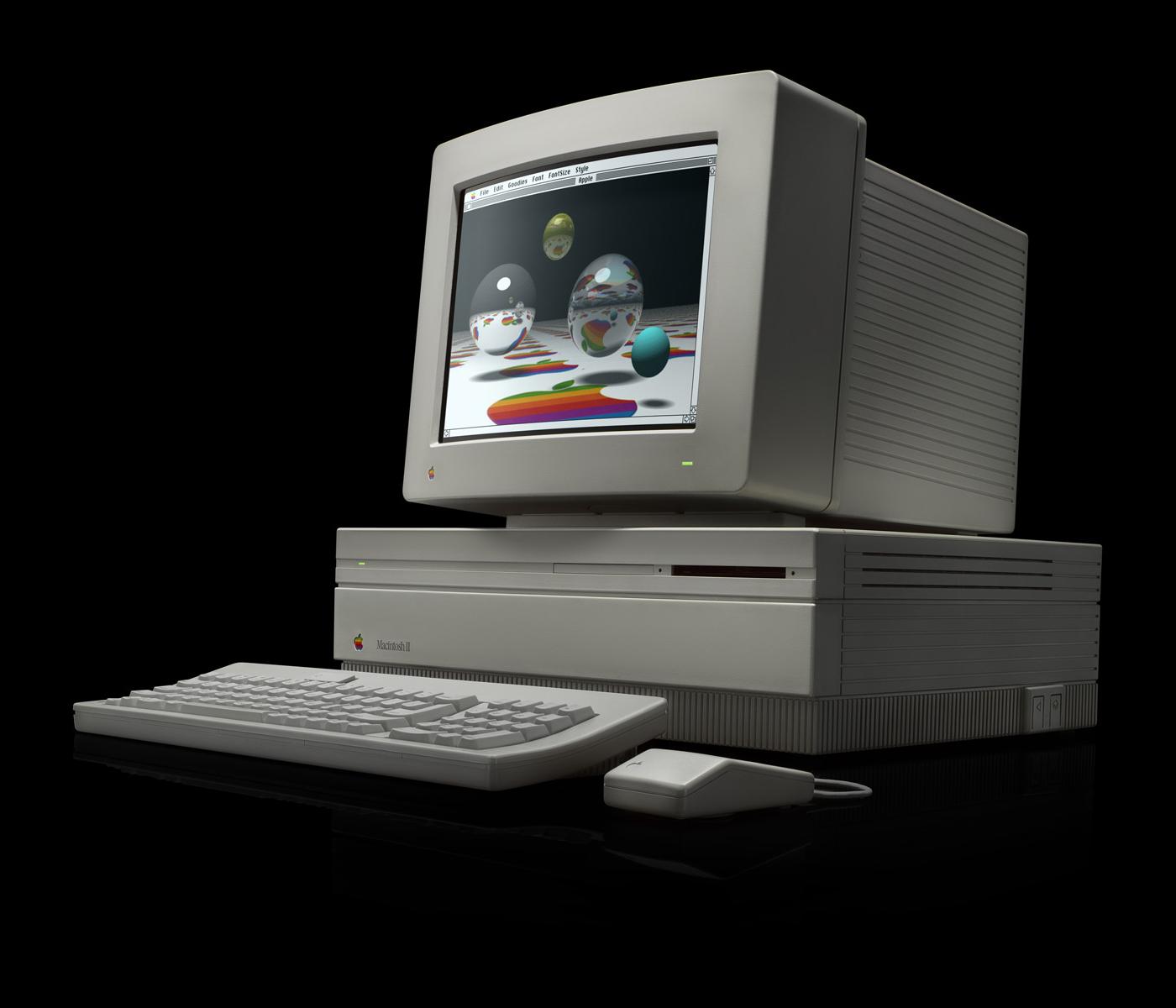 19870302_MacintoshII