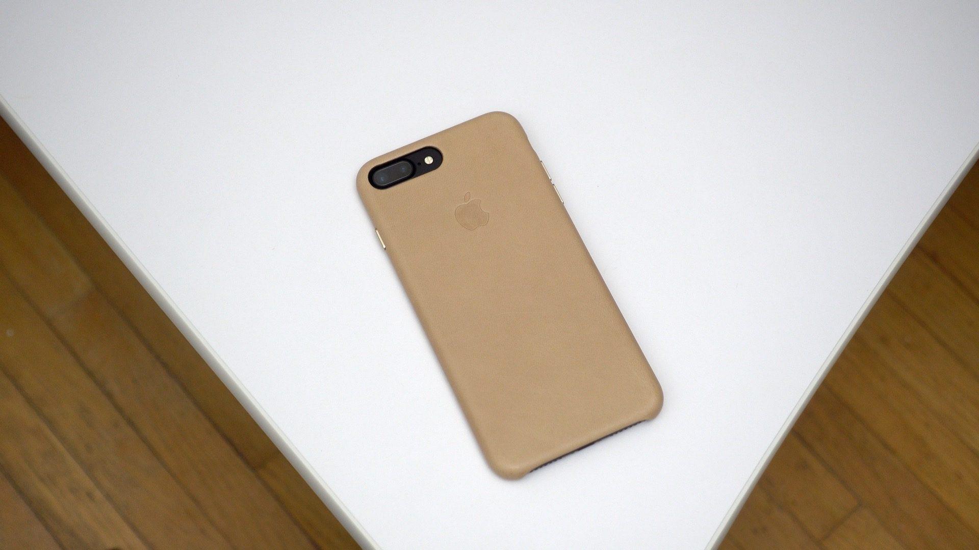 iphone-7-plus-leather-case-tan-09