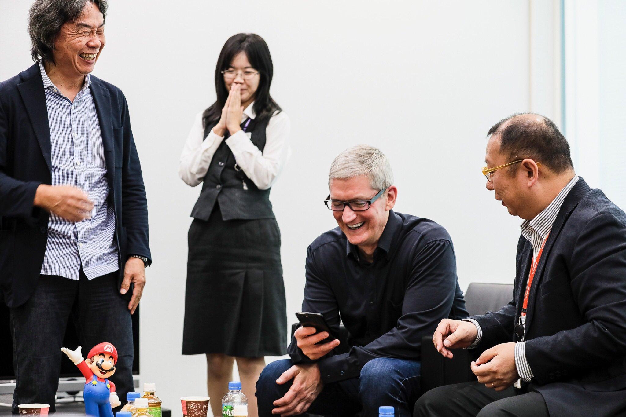 apple_tim_cook_nintendo_miyamoto_shigeru_super_mario_run